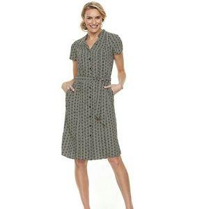 Dana Buchman geometric print button down dress